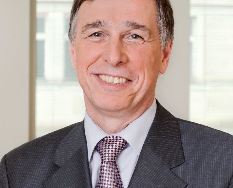 Prof. Dr. Joachim Breuer wird Ehrenpräsident