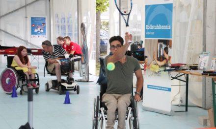 Rollstuhltennis zum Ausprobieren an der Elbe
