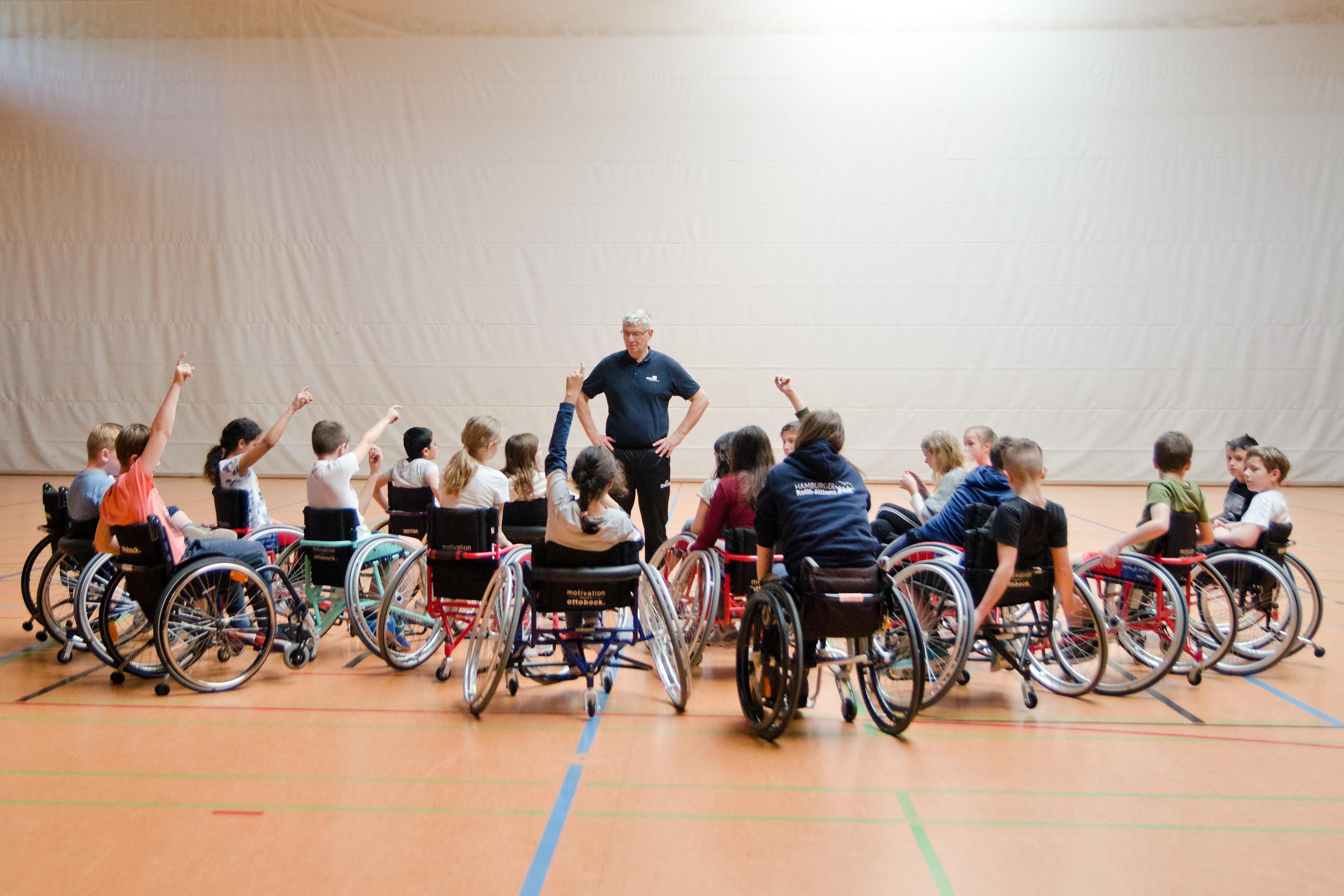 Peter Richarz Rollstuhlsport in Schule